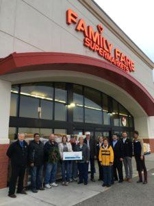 metro-family-fare_food-bank-donation_2016-11-30